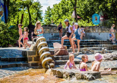 Neptuns Wasserfall im Familypark St. Margarethen