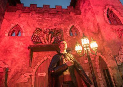 Graf Dracula erwartet seine Gäste