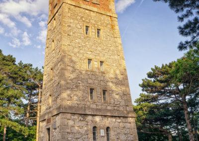 Malerisch, der angrenzende Turm.