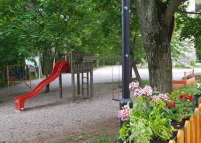 Der kleine Spielplatz unmittelbar beim Schutzhaus und bei der Kängurufarm.