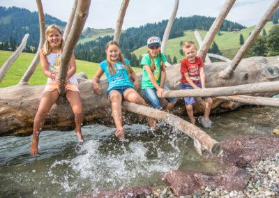 Spiel und Spaß im Wasser